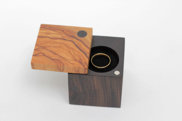 Wedding ring box - Engagement ring box - Olive and Chacate Preto