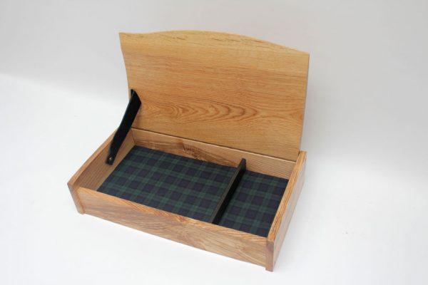 Ash box with tartan lining